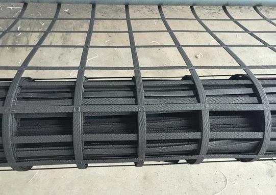 钢塑土工格栅土壤加筋处理